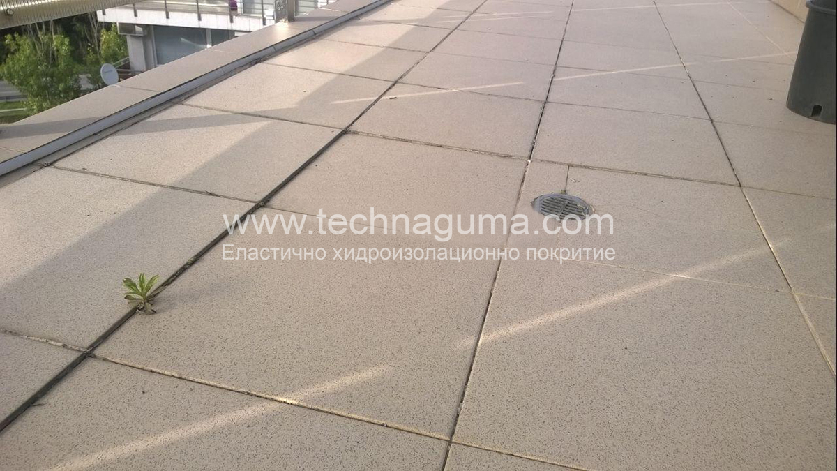 Complete renovation of a terrace in Sofia - tiling, laying of a new leveling mortar and waterproofing with a liquid rubber.